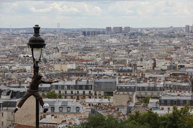 paris-213803_640