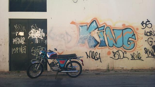 motor-bike-596388_640